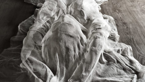 OVERBOOKING, installation, body cast in gauze